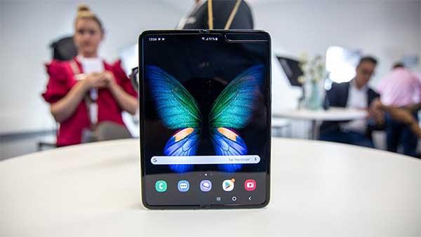 Galaxy Fold mở bán phiên bản màu đen tại thị trường Việt Nam